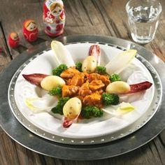 Kip stroganoff: Malse kip in een heerlijke saus met paprika, ui en champignons.