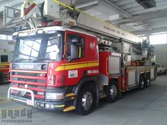 Queensland Fire And Rescue Roma St. Scania P124GB 37m Bronto Aerial Ladder Platform (502 India)