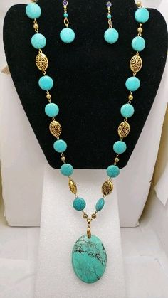 Large pendant turquoise gold long necklace and earrings set - DIY Schmuck Bead Jewellery, Boho Jewelry, Beaded Jewelry, Fine Jewelry, Jewelry Making, Jewelry Necklaces, Necklace Ideas, Gold Bracelets, Long Beaded Necklaces