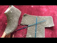 İki Şişle Kolay Minik Kalpli Patik Yapımı/Making Two Skating Booties/صنع اثنين من التزلج الاحذيه - Uñas Coffing Maquillaje Peinados Tutoriales de cabello Gilet Crochet, Crochet Ripple, Booties Crochet, Crochet Shoes, Knit Crochet, Loom Knitting, Knitting Socks, Knitting Patterns Free, Free Knitting