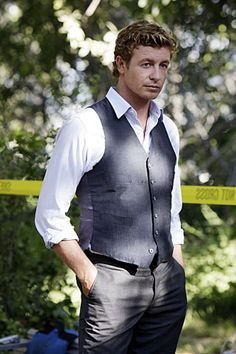 Simon Baker {love the Mentalist!  Wasn't too hard to look at in The Devil Wears Prada, either!}