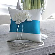Rhinestone Bloom Ring Pillow With Azure Sash – USD $ 16.99