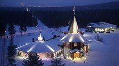 Деревня Санта Клауса в Рованиеми, Финляндия.