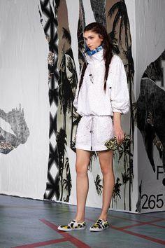 Chic Trends: Referências da moda esporte invadem a Temporada Resort 2015! #tendencia #moda #Desfile #resort2015 #trends #esporte #tenis #JustCavalli