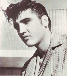 Foto de Elvis Presley  número 2626