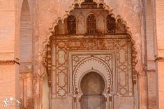 La arquitectura #marroquí tiene un encanto un tanto exótico y los turistas que visitan el país en busca un mundo lleno de tradición y cultura 🕌