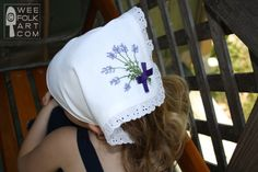 Handkerchief Bandana Pattern - Plain or Embroidered - Wee Folk Art Clothing Patterns, Sewing Patterns, Bandana Styles, Sewing Projects, Sewing Ideas, Hand Embroidery, Hand Sewing, Folk Art, Free Pattern