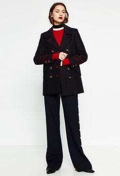Модный осенний образ в стиле милитари. Пальто-бушлат Zara