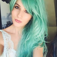 Playing with the idea of going pastel! #pastelhair #greenhair #mermaid #longhair