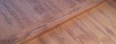 Solución para piso de #parquet de doble altura, con nuestro #mamperlán laminado.  www.amescalones.com
