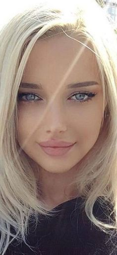 Girl Face, Woman Face, Gorgeous Blonde, Stunning Eyes, Pretty Face, Pretty Woman, Gorgeous Women, Beauty Women, Hair Beauty