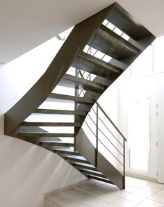 Photo DT75 - ESCA\'DROIT®. Escalier d\'intérieur design pour une ...