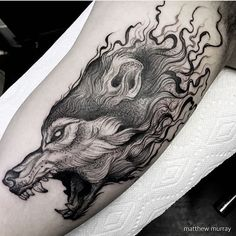 Tattoo Wolf Old School Awesome - Tattoo Wolf Tattoos, Animal Tattoos, Celtic Tattoos, Fish Tattoos, Wolf Tattoo Sleeve, Best Sleeve Tattoos, Arrow Tattoo, Wolf Tattoo Design, Tattoo Designs