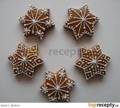 jednoduché zdobení perníčků - Hledat Googlem Christmas Baking, Christmas Crafts, Christmas Decorations, Christmas Gingerbread, Gingerbread Cookies, Cake Cookies, Christmas Cookies, Funny Cake, Sweet Cakes