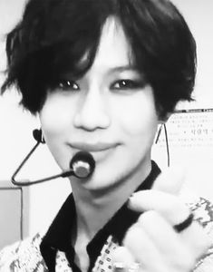 Excuse you Lee Taemin! How about you don't do that