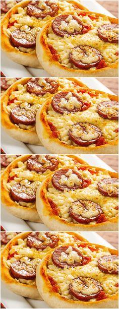 Mini Pizzas, Chef Recipes, Cooking Recipes, Brunch, Tapas, Mole, Ratatouille, Food Truck, Hot Dog Buns