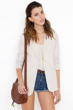bought the blazer in khaki and coral, so cute for spring/summer and can be worn so many ways