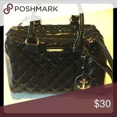 Anne Klein Handbag Super fun black quilted handbag with detachable strap Anne Klein Bags Shoulder Bags