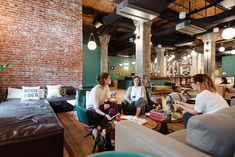 WeWork, a popular coworking startup that leases out private offices and co-working spaces to creative freelancers and innovative tech companies across the globe, recently opened a new coworking campus in Philadelphia. Brick Archway, Brick Room, Startup Office, Cleaning Crew, Interior Design Elements, North York, Workspace Design, Co Working, Coworking Space