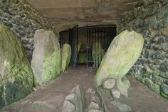Barclodiad y Gawres is one of the most impressive of the many neolithic tombs with unique spiral carvings remaining on the Isle of Anglesey, Wales Anglesey Wales, Fire Warrior, Cymric, Celtic Druids, Cemetery Art, Mysterious Places, Crop Circles, White Horses, North Wales