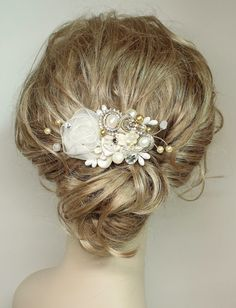 Gold & Ivory Bridal Hair Comb- Wedding Hair Piece- Gold Bridal Hair Accessories-Statement Bridal hairpiece-Gold Bridal clip- Floral Haircomb on Etsy, $70.66 CAD