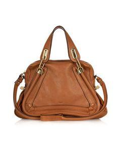 Un intemporel discret de Chloé. Finalement, parfois, c'est bien de ne pas trop voir la marque, mais de reconnaître tout de suite que c'est un beau sac...
