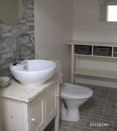 Bathroom Ideas, Sweet Home, Vanity, Diy, Style, Dressing Tables, Swag, Powder Room, House Beautiful
