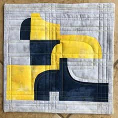 Modern MiniQuilt Challenge: Connections