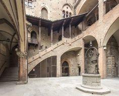 La storia di Palazzo Re Enzo - Palazzo Re Enzo