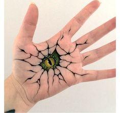 Художница создает невероятные иллюзии с помощью собственной левой руки (16фото) » Картины, художники, фотографы на Nevsepic