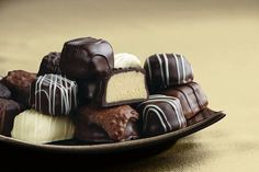 SEE'S CANDIES: Chocolates, Truffles, Christmas Candy, Toffee... Yummy Candy Photos!