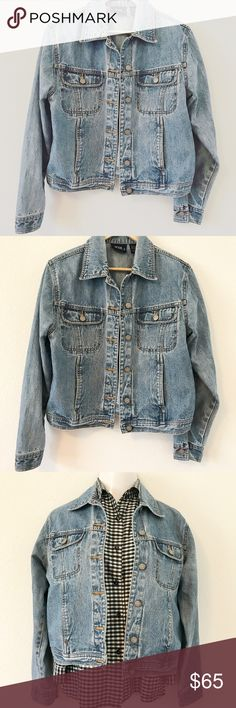 "VTG- 90s Bill Blass Denim jacket VTG- 90s Bill Blass Denim jacket Vintage bill blass 1990s classic denim jacket, hits hip length. Mint condition, oversized size small, womens small.  Classic and on trend. #denimjacket #vintage #90s #90sdenimjacket #mintcondition #classic #trend  Closet Details: -Offers welcome -Bundle discounts  -entire closet like new or new condition  -model 5'4"", 145lbs, 32C -no swaps -no holds -use #georwelcome in search to find items in your size *+ BUNDLE DISCOUNTS…"