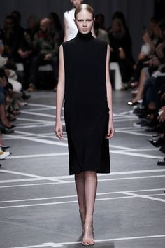 Love this dress - Givenchy - Spring 2013 RTW - Paris Fashion Week
