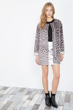 Venda Pepe Jeans / 28240 / Mulher / Casacos, sobretudos e blusões / Sobretudo reversível Castanho escuro e cinzento