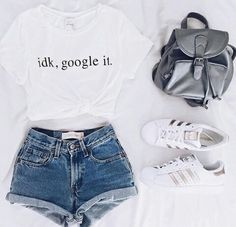 cute summer outfits that looks trendy. Teenage Outfits, Teen Fashion Outfits, Mode Outfits, Girl Outfits, Girl Fashion, Tween Fashion, Fashion Clothes, Teenager Fashion, Womens Fashion