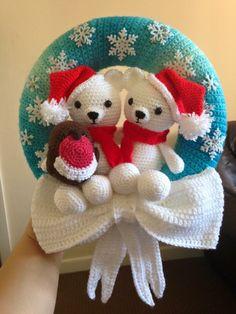 Crochet Christmas wreath created by Steph Blake, via the Crochet Crowd