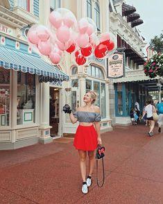 What People Wear To Disney Parks Around The World Girly Disney Style Walt Disney World // Disney Style // Disney Tee // Disney Outfit // Wear to Disney Disney Parks, Walt Disney World, Voyage Disney World, Disney T-shirts, Disney Tees, Disney Style, Disney Magic, Disney Land, Disney Souvenirs