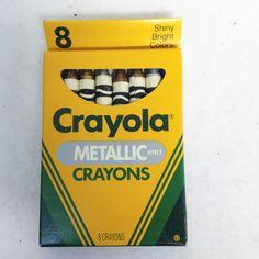8 METALLIC EFFECT Crayons (1990)