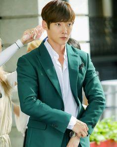 Korean Face, Korean Men, Asian Actors, Korean Actors, Sung Dong Il, Dandy, Korean Drama Stars, Emergency Couple, Kwang Soo
