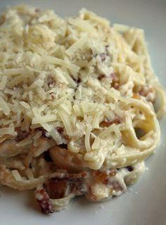 Pasta Carbonara For One. Under 300 calories. So delicious!