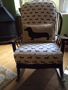 I NEED THIS!!!! Loving this dachshund-covered rocking chair (via http://www.madaboutdachshunds.com/)