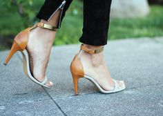 I love these shoes...If anyone knows where I can buy them, please let me know