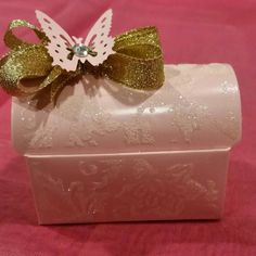 12 pcs Pink and Gold party favor boxes. Great for baby showers,  Quinceanera,  Sweet 16 or other occasions.   Check out this item in my Etsy shop https://www.etsy.com/listing/230415347/12-pcs-pink-chest-box-party-favors