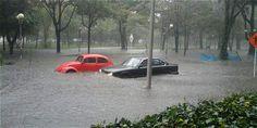 Se reportan varias inundaciones en Bogotá.