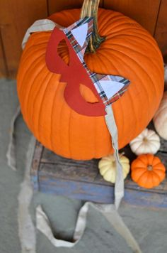DIY Halloween DIY Costumes: DIY Simple Fox Mask