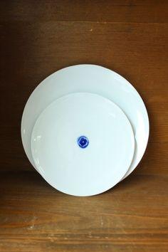 문도방 새로 나온 청화 앞접시 입니다. 앞접시 각종 찬기로 유용하게 쓰임이 좋은 접시예요 평평하지 않고 ...