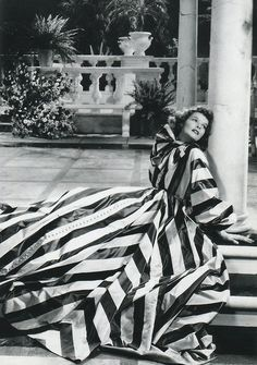 Katharine Hepburn in Break of Hearts Fabulous striped gown by Adrian. Old Hollywood Glamour, Hollywood Fashion, Golden Age Of Hollywood, Vintage Hollywood, Hollywood Stars, Classic Hollywood, Hollywood Actresses, Hollywood Icons, 1940s Fashion