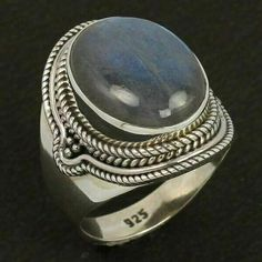 925 Sterling Silver Ethnic Style Ring Size US 7.75 Natural LABRADORITE Gemstone #Unbranded Silver Jewellery Indian, Labradorite Ring, Ethnic Style, Handcrafted Jewelry, Sterling Silver Jewelry, Gemstone Rings, Gemstones, Natural, Handmade Jewelry