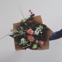 FRESH FLOWER BOUQUET F l o r a l S t y l i s t  (@pebbleanddot) Sweet little mini ♡ Fresh Flowers, Bouquets, Mini, Sweet, Instagram, Candy, Bouquet, Bouquet Of Flowers