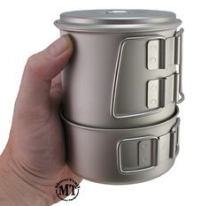 Snowpeak Mini Solo cook kit: Titanium construction, kit includes 28-fl. oz. pot with lid and a lightweight, 10 fl. oz. cup; pot nests inside cup, Litemax stove nests inside pot. total of 5.5oz perfect for fast and light trips